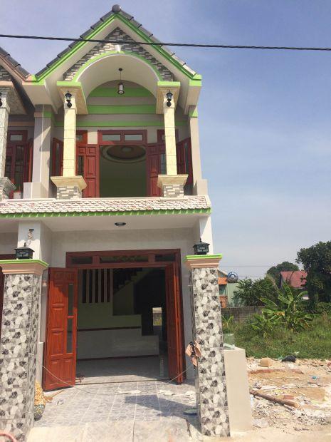 Nhà mới xây dựng xong.