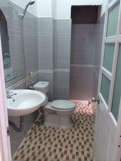 wc nhỏ đẹp