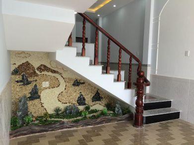 Cầu thang có gầm trang trí đẹp.