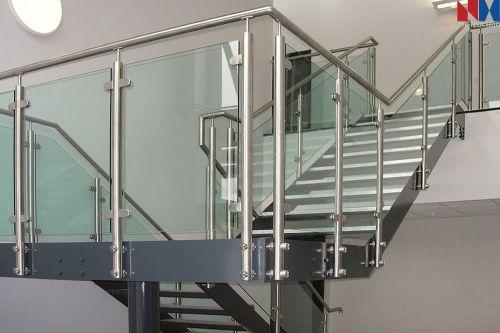 Cầu thang inox hiện đại H1