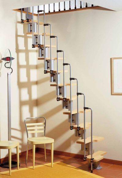 Mẫu cầu thang tiết kiệm diện tích cho gia đình - Thiết kế 8