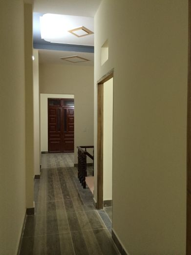 Hành lang trên lầu 1