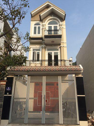 Ngôi nhà đẹp, thiết kế theo phong cách hiện đại.