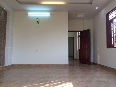 Phòng ngủ lầu 1.