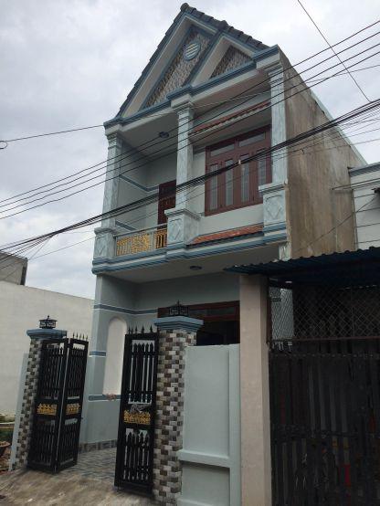 Nhà mới 1 trệt 1 lầu.