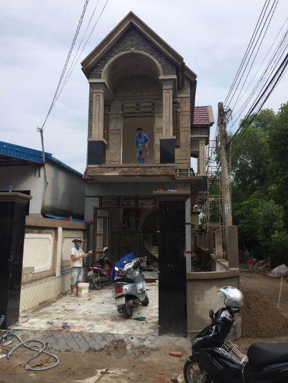 Nhà mới đang trong quá trình xây dựng.