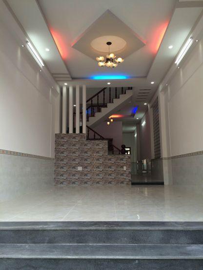 Phòng khách thiết kế đẹp, màu sắc hài hòa, trần thạch cao,