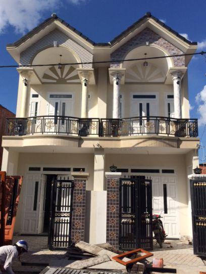 Căn nhà mới xây, thiết kế 1 trệt 1 lầu đẹp.