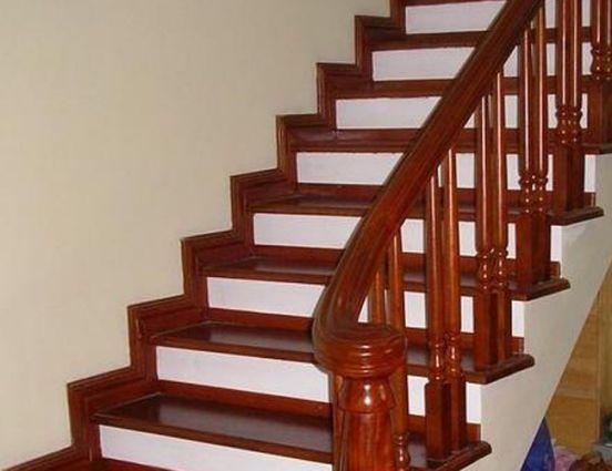 cầu thang gỗ đẹp--Kiểu dáng 1