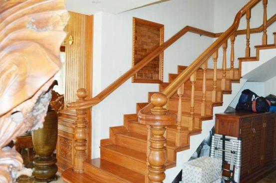 cầu thang gỗ đẹp--Kiểu dáng 5