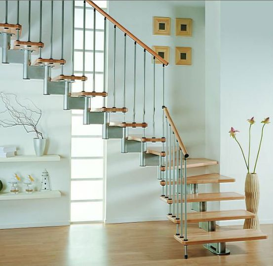 mẫu cầu thang sắt đơn giản--Kiểu dáng 2