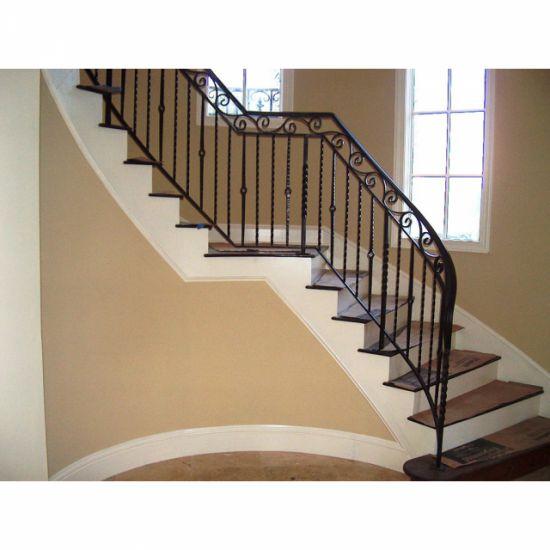 mẫu cầu thang sắt đơn giản--Kiểu dáng 3