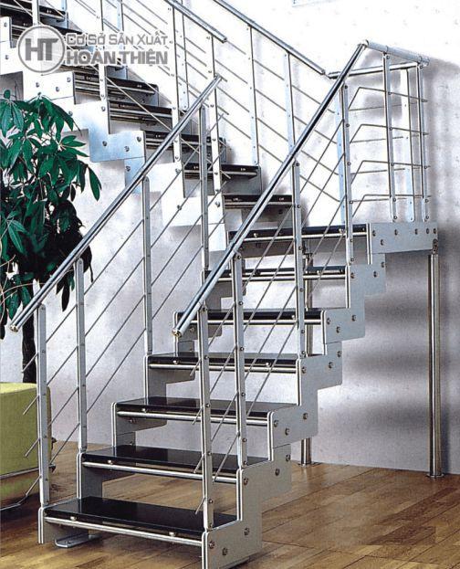 mẫu cầu thang sắt đơn giản--Kiểu dáng 5
