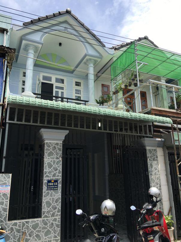 Mặt tiền nhà mái thái 1 lầu 1 trệt kiểu dáng hiện đại dĩ an