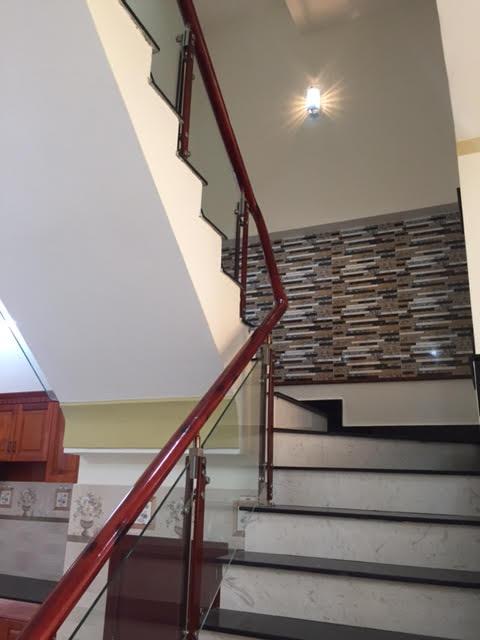 Cầu thang hiện đại