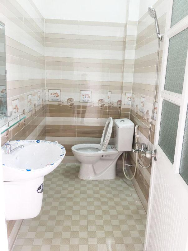 Toilet sinh hoạt