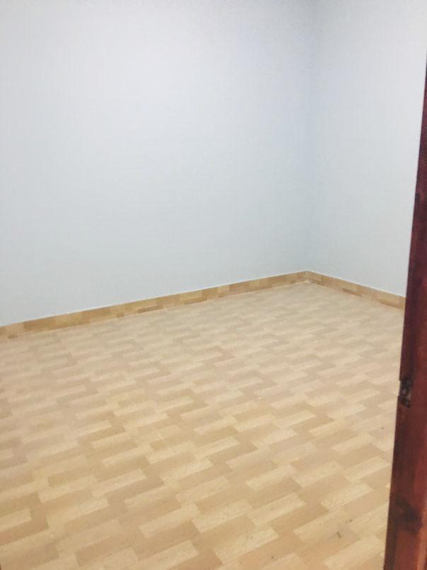 Phòng ngủ hiện đại lát gạch chống xước