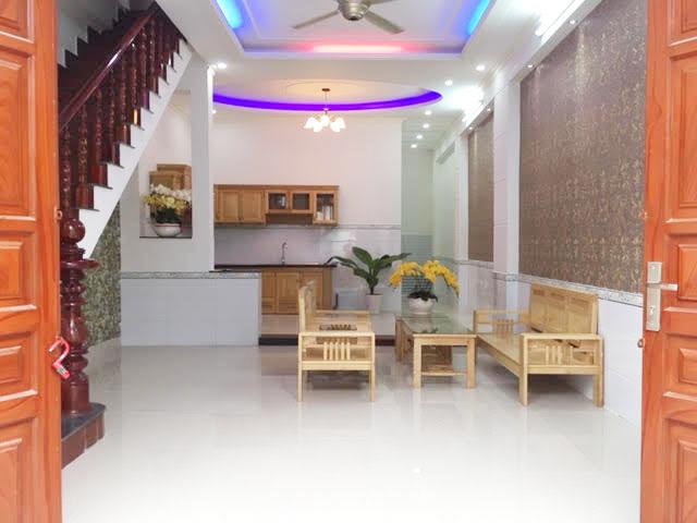 Phòng khách thiết kế sang trọngq